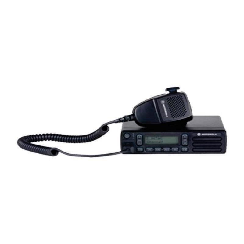 MOTOROLA - Handy Talky XIR M3688 403-470MHz 25W